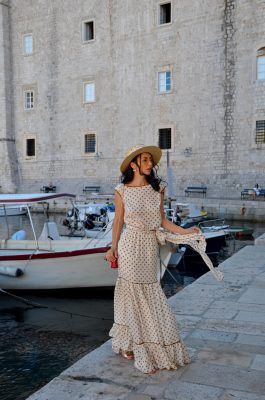 I am Georgiana Almaaz Couture Rochii Designer Dubrovnik Croatia | If you have a special event, this dress would be perfect for any occasion